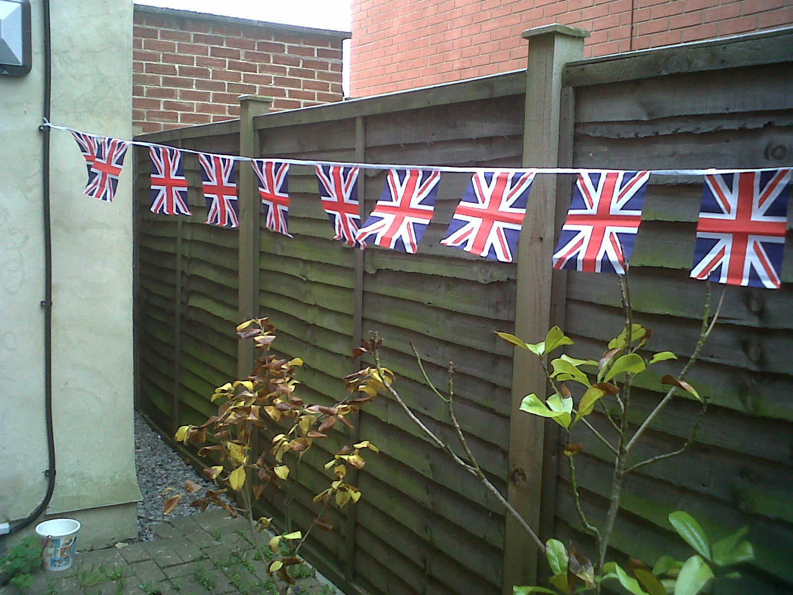 Oooh yeah, can't beat a bit of bunting!